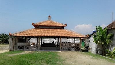 Wisata Religi dan Berdoa di Makam Syech Muhammad Syahruddin Rembang