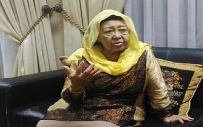 Biografi Nyai Hj. Machfudhoh Aly Ubaid