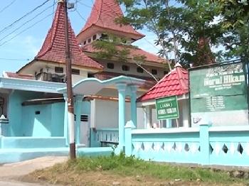 Pesantren Nurul Hikam Situbondo