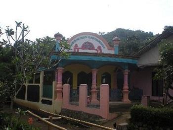 Pesantren Miftahul Huda Al-Mukhlasiyyah Tegal