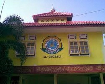 Pesantren al-Ghazali Bangkalan
