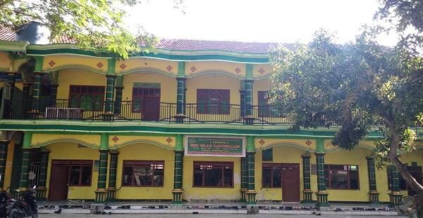Pesantren Darussalam Dungmas Bojonegoro