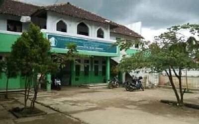 Pesantren Salafi Nahdlatul Ulum Cempaka
