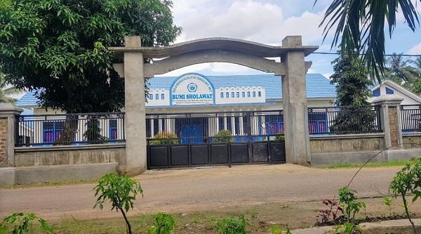 Pesantren Bumi Sholawat Lampung Tengah