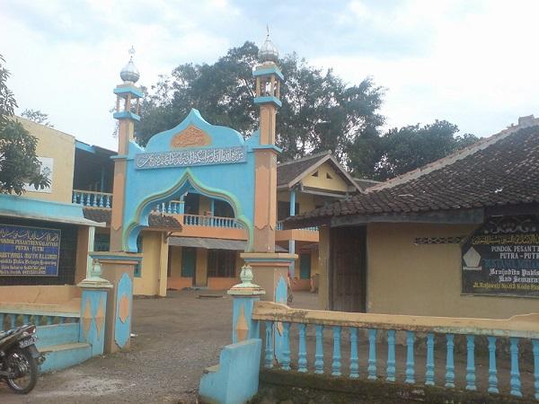 Pesantren Bustanul Muta'allimin Pakis Kab. Semarang