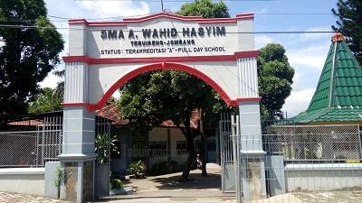 SMA Abdul Wahid Hasyim Tebuireng Jombang