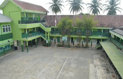 SMK Khairuddin Gondanglegi Malang