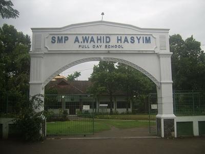 SMP A. Wahid Hasyim Tebuireng
