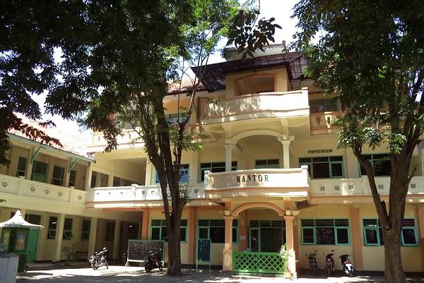 SMP Zainul Hasan 1 Probolinggo