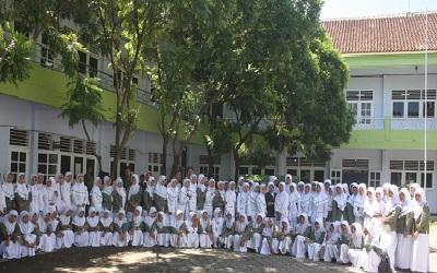 STIKES Bahrul Ulum Tambakberas Jombang