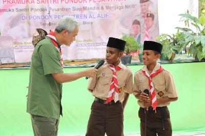 Gubernur Jateng Dialog dengan Santri dari Program Santri Goes To Papua