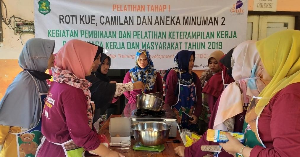 Roti Kue Hasil Olahan WMS Siap Bersaing Dipasar Nasional