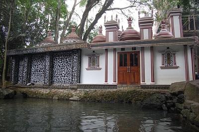 Wisata dan Ziarah Syech Maulana Mansyuruddin di Pandeglang