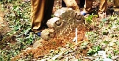 Makam Kuno Berusia 600 Tahun Ini Diyakini Sebagai Makam Waliyullah