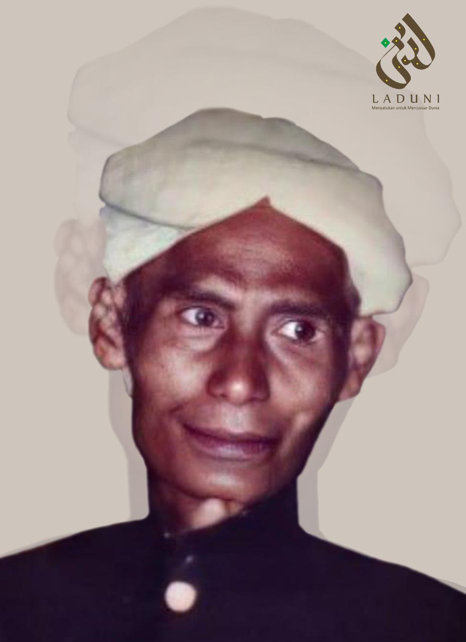 Biografi KH. Zubair Umar al-Jailani