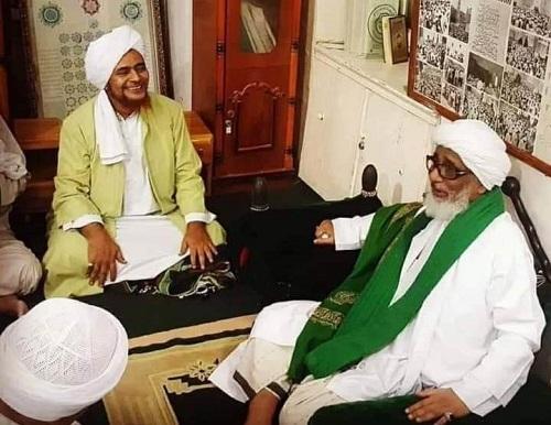 Habib Umar Anjurkan Baca Amalan Pelancar Rezeki Ini Setelah Shalat Dhuhur