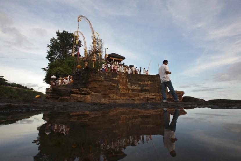 Mendapat Penolakan Masyarakat, Kontes Kecantikan Berbau LGBT Batal Digelar di Bali