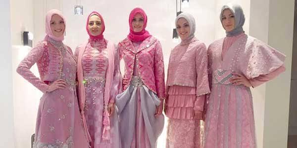 Spirit Baru dalam 30 Tahun Perjalanan Busana Muslim Shafira  9080d9480c