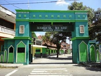 Pesantren Mamba'ul Ma'arif Jombang