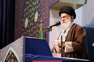 Ayatollah Ali Khamenei Sebut Prancis, Jerman dan Inggris sebagai Antek AS