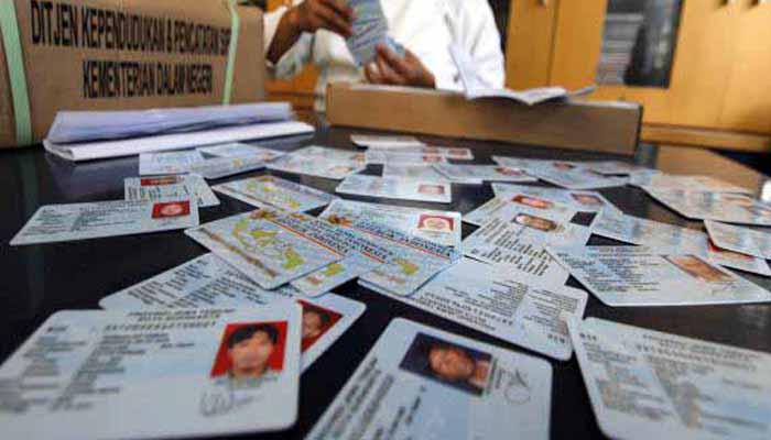 Perpres Baru, Urus E-KTP dan KK Tak Perlu Surat Keterangan RT/RW