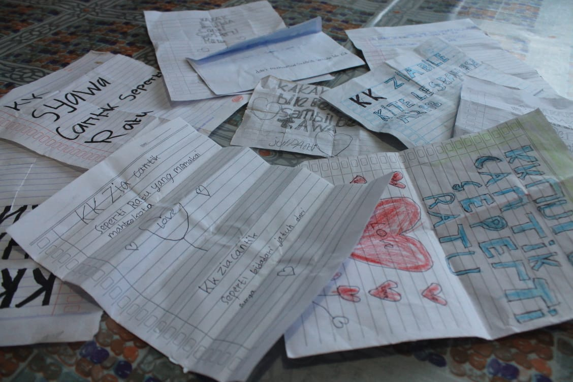 Siswa SDN 12 Siantan Ungkapkan Kebahagiaan Atas Kehadiran Mahasiswa KKL IAIN Pontianak