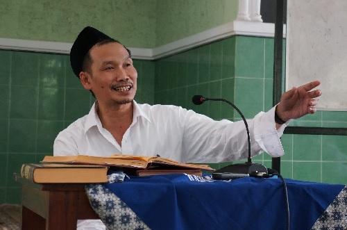 Biografi Gus Baha' (KH. Ahmad Bahauddin Nursalim)