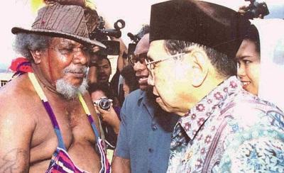 Begini Cara Gus Dur Mencintai Masyarakat Papua (Part 1)