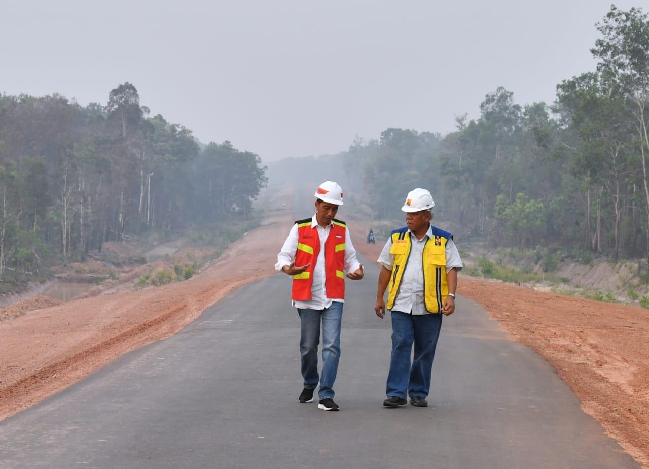 Presiden Tinjau Pembangunan Ruas Jalan Trans Papua