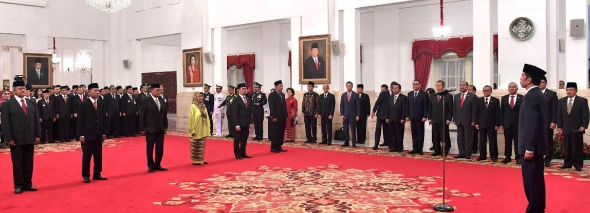 Presiden Anugerahkan Gelar Pahlawan Nasional 6 Tokoh