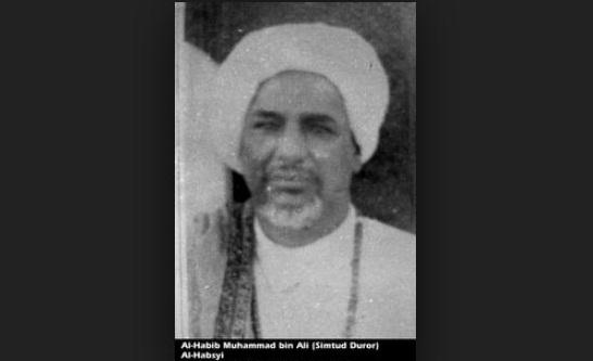Meneladani Kedermawanan Habib Ali al-Habsyi