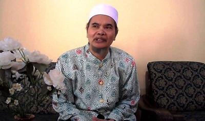 KH Afifuddin Muhajir: Boleh Saja Negara Buat Aturan Larang Cadar