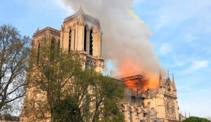 Kepolisian Prancis Ungkap Kemungkinan Penyebab Kebakaran di Notre Dame