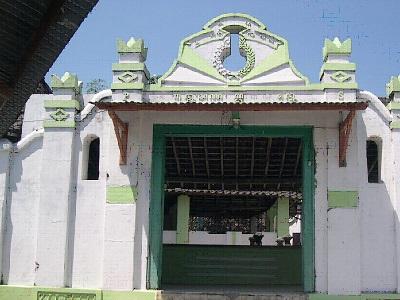 Wisata Ziarah dan Berdoa di Makam Kyai Ageng Perwito Klaten