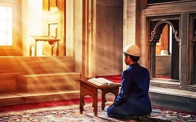 Ayat dan Hadits tentang Keutamaan Membaca Al-Qur'an