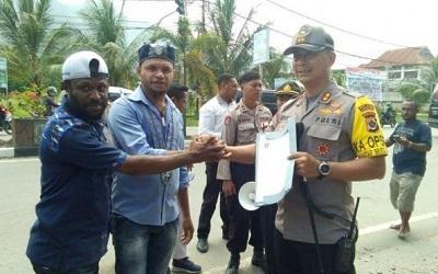 Bukan Banser, Masyarakat Papua Justru Tolak HTI dan FPI