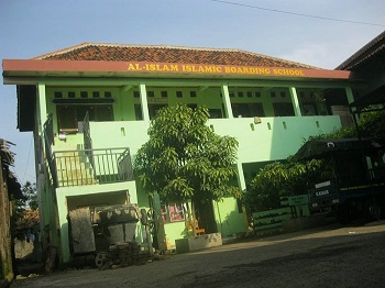 Pondok Pesantren Modern Al-Islam Cipocok Jaya, Serang