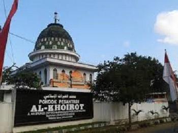 Pesantren Al-Khoirot Malang