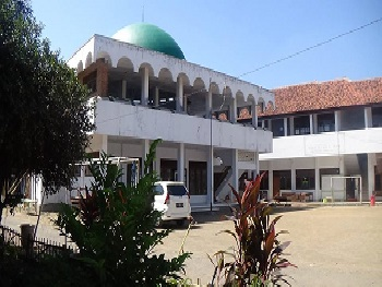 Pesantren Dar al-Tauhid Cirebon