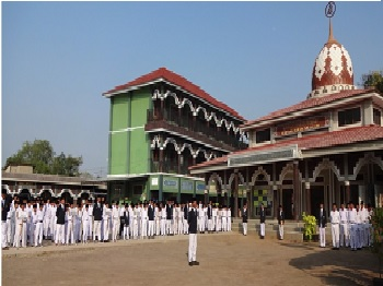Pesantren Miftahul 'Ulum Terisi Cirebon