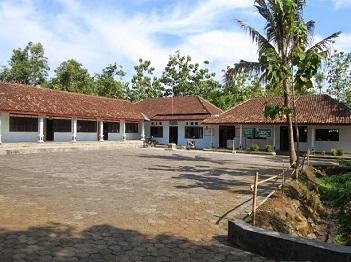Pesantren Syarifatul 'Ulum Ngawi