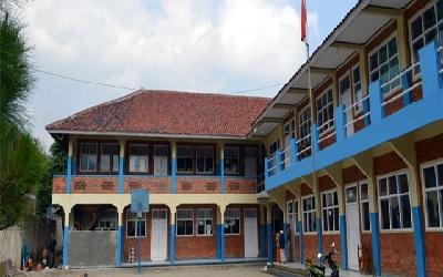 SMK Al-Badar Cipulus Purwakarta