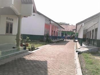 SMK Al-Munawar Karawang