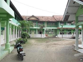 SMK Nihayatul Amal Rawamerta (SANTARA), Karawang