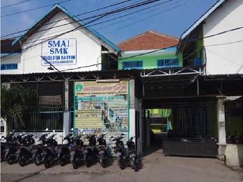 SMK Roudlotun Nasyiin Mojokerto