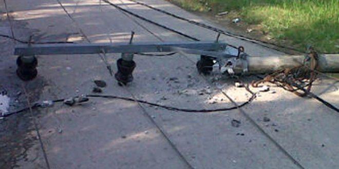 Dua Petugas PLN Kritis Akibat Tiang Listrik Patah