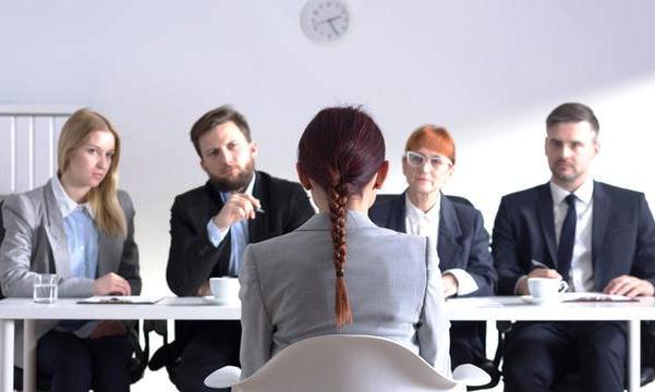 Kisah Wanita Lulus Cumlaude tapi Ditolak Semua Perusahaan